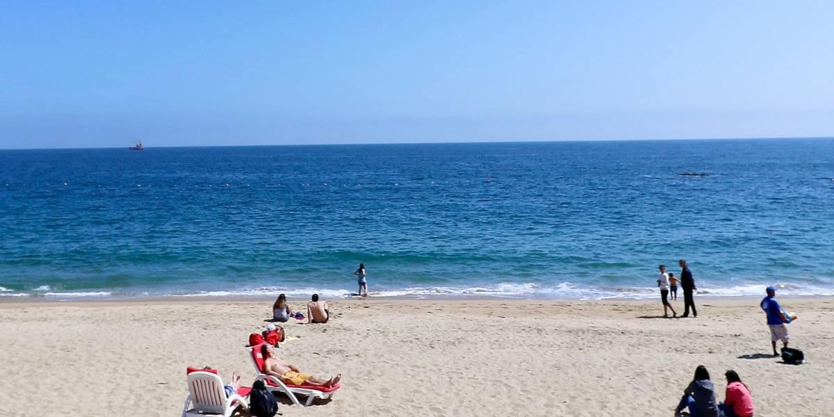 La trágica muerte de una niña de 5 años: jugaba en la playa y falleció ahogada luego de ser arrastrada mar adentro y quedar a la deriva en un flotador
