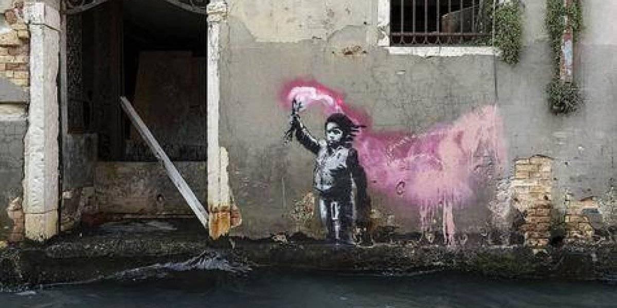 Banksy rinde homenaje a inmigrantes en Venecia