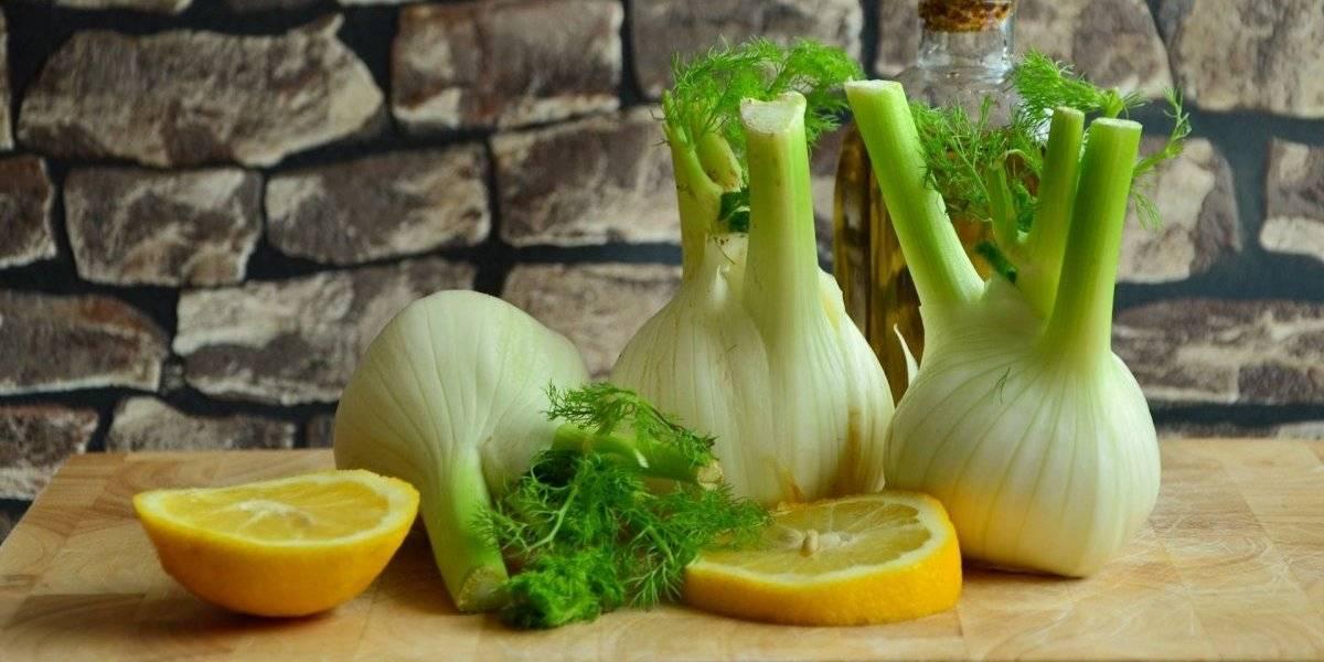 Vitamina detox de laranja e erva-doce ajuda a emagrecer e combate a anemia