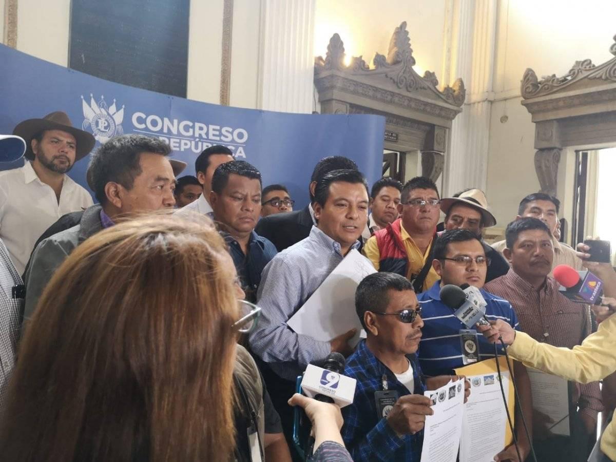 Autoridades y pobladores de Huehuetenango anuncian que mantendrán bloqueos en Cuatro Caminos