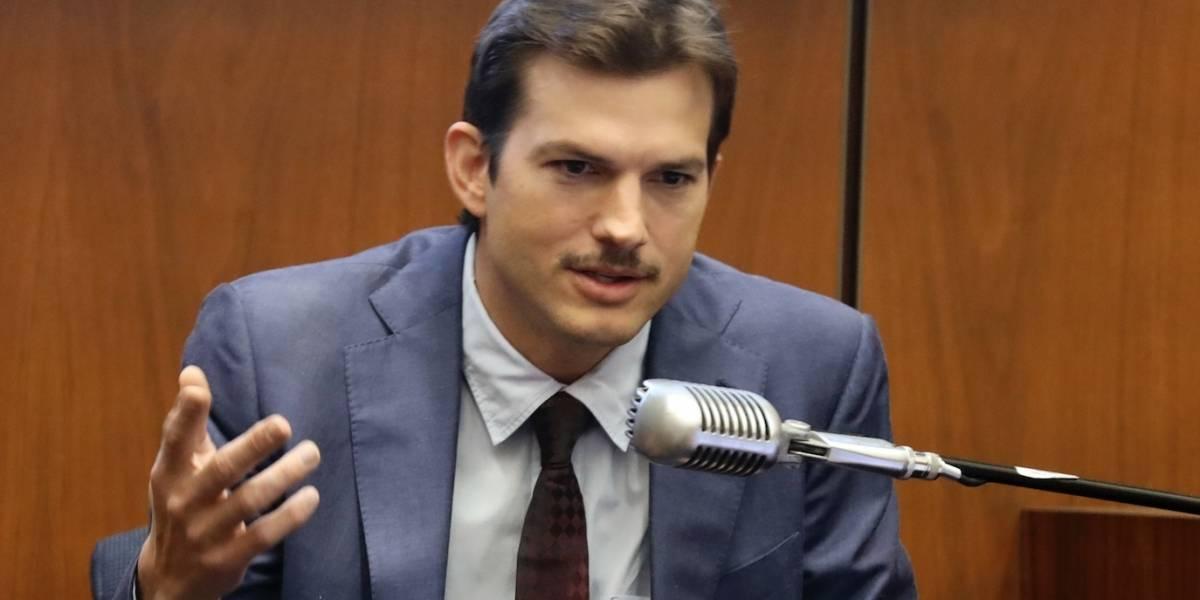 Actor Ashton Kutcher testifica en caso de asesinato de mujer