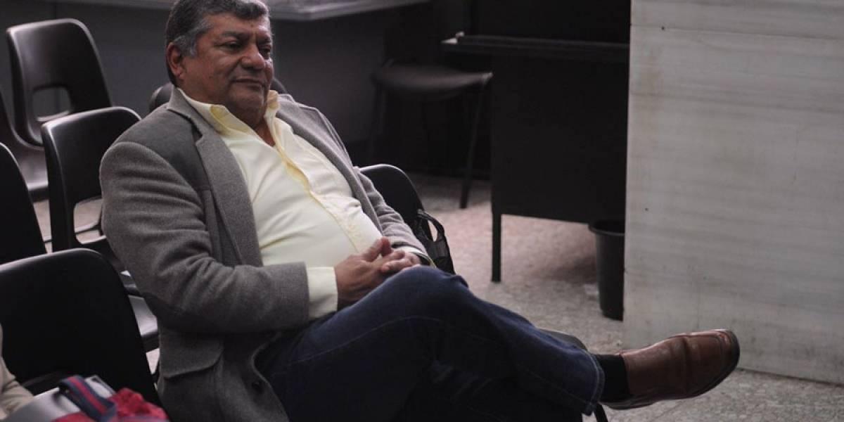 Condenan a Walter Mendoza y a nueve más por despojo de tierras a campesinos en Petén