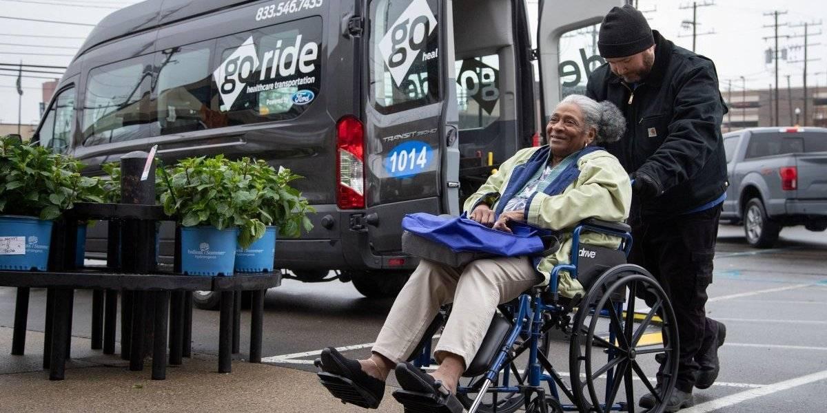 Ford expande negocio de transporte médico