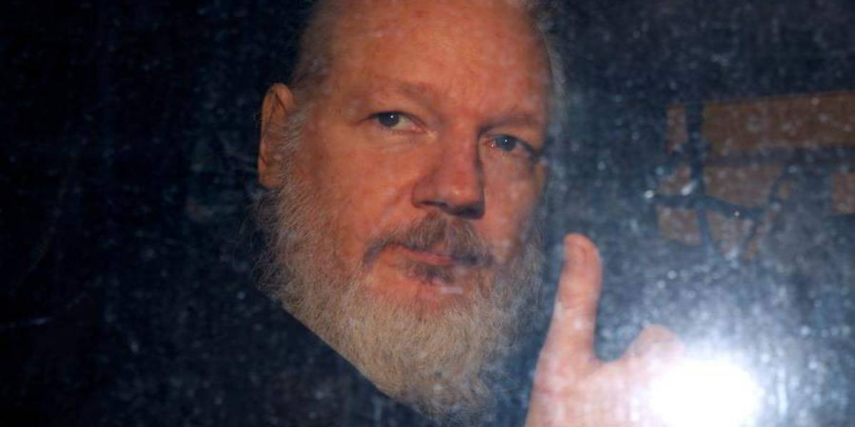 Estados Unidos presentó solicitud formal de extradición de Assange