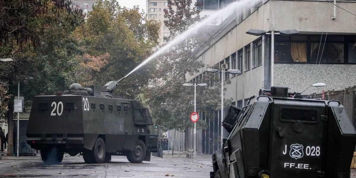 """Alcalde Alessandri y la violencia sin solución del Instituto Nacional: """"Esto va a terminar con un estudiante muerto"""""""