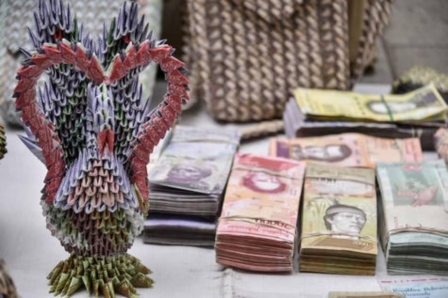 Artistas Convierten Billetes Venezolanos En Arte Metro Republica