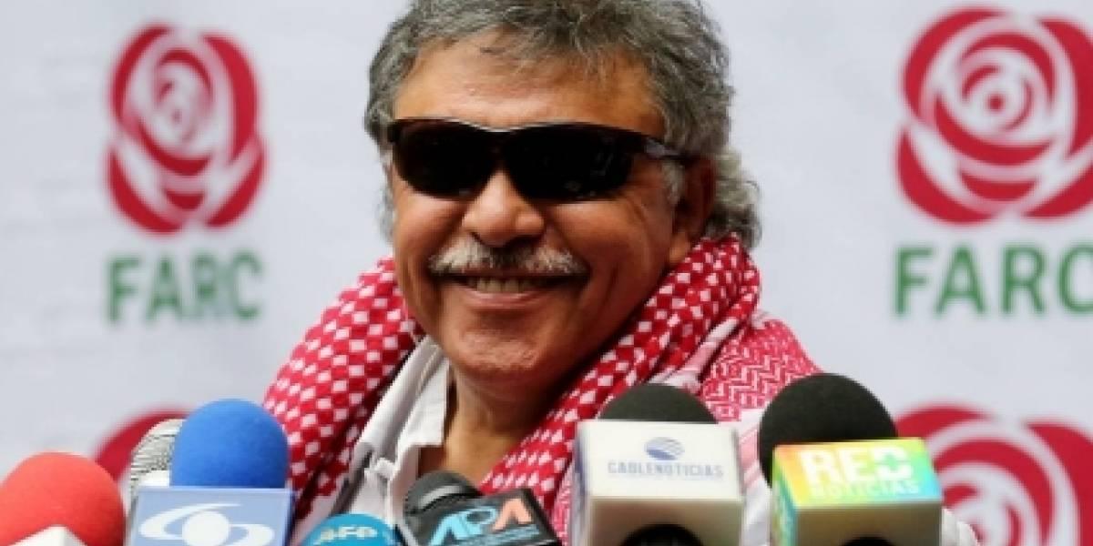 ¡Reveladora imagen! ¿'Jesús Santrich' es hincha del Junior de Barranquilla?