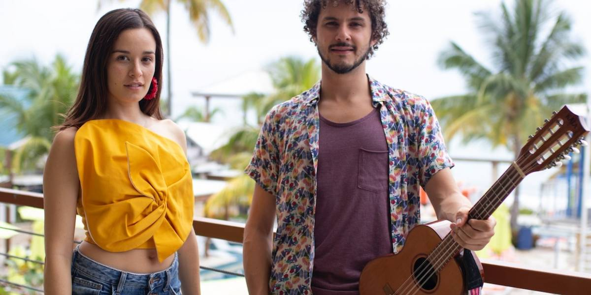 Monsieur Periné explora matices de la música tropical
