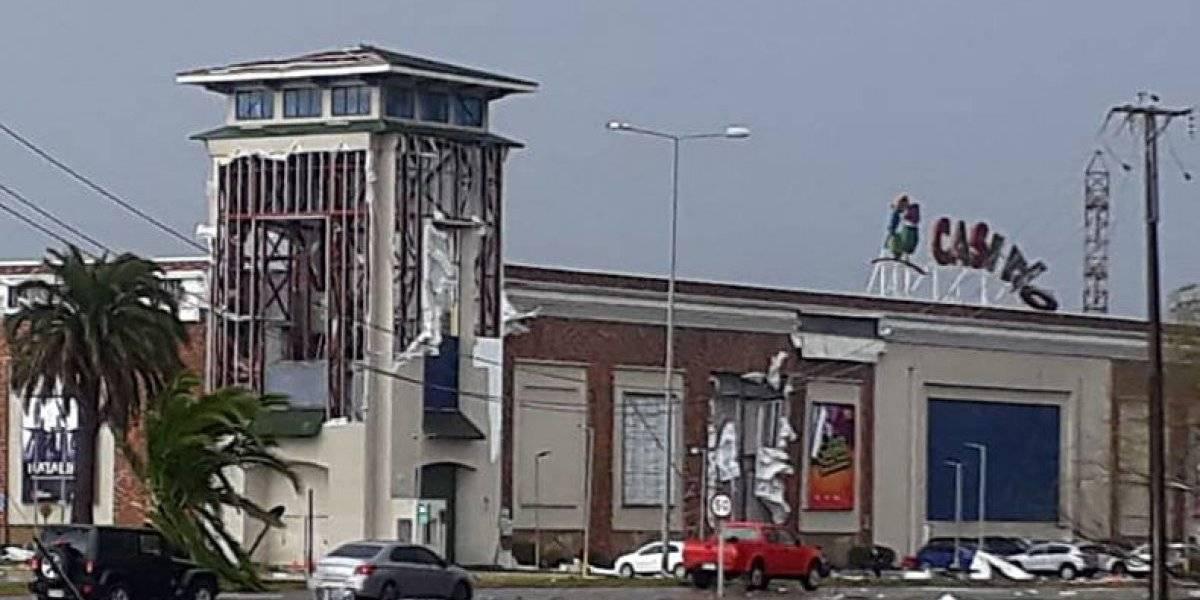 """""""Tremendo"""": el antes y después del Casino Marina del Sol que muestra los graves efectos de la tromba que pasó por Talcahuano y Concepción"""