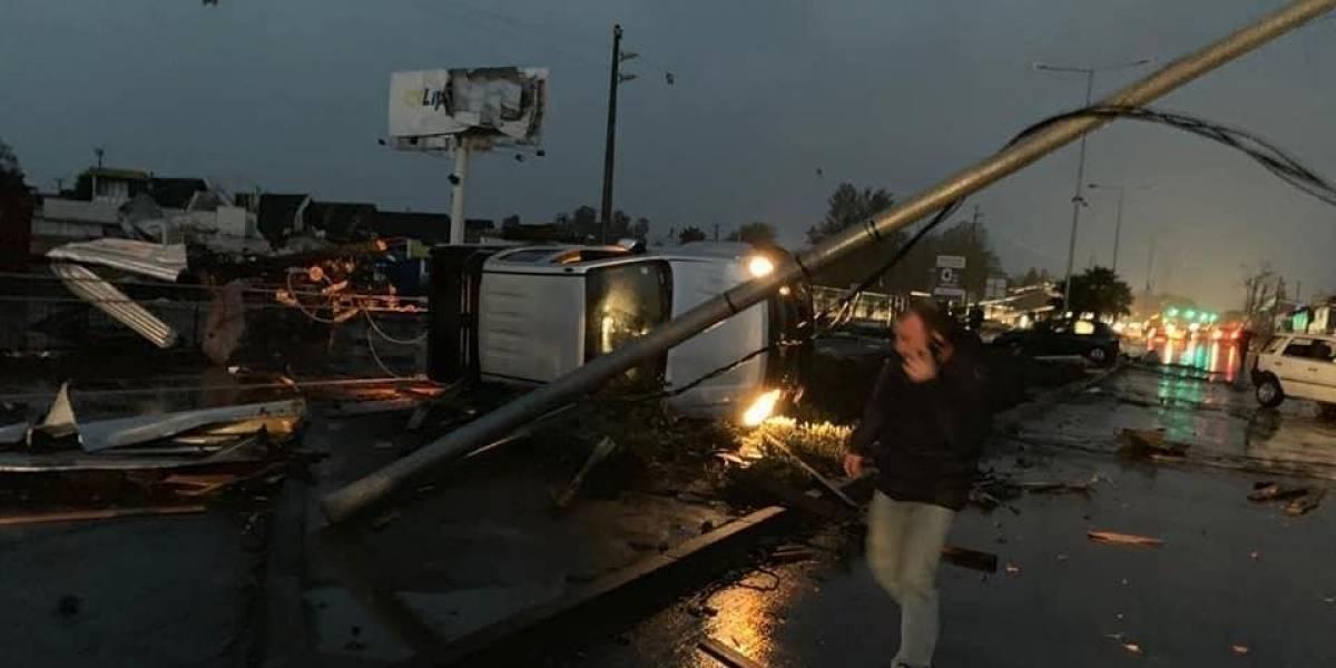 VÍDEOS: Tornado atinge a Los Angeles chilena, um dos únicos registrados em sua história