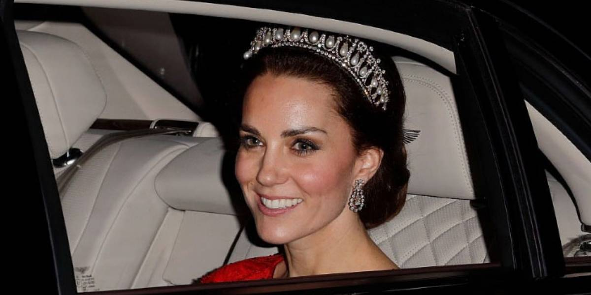 Kate Middleton rompió una grave regla de protocolo frente a la reina Isabel