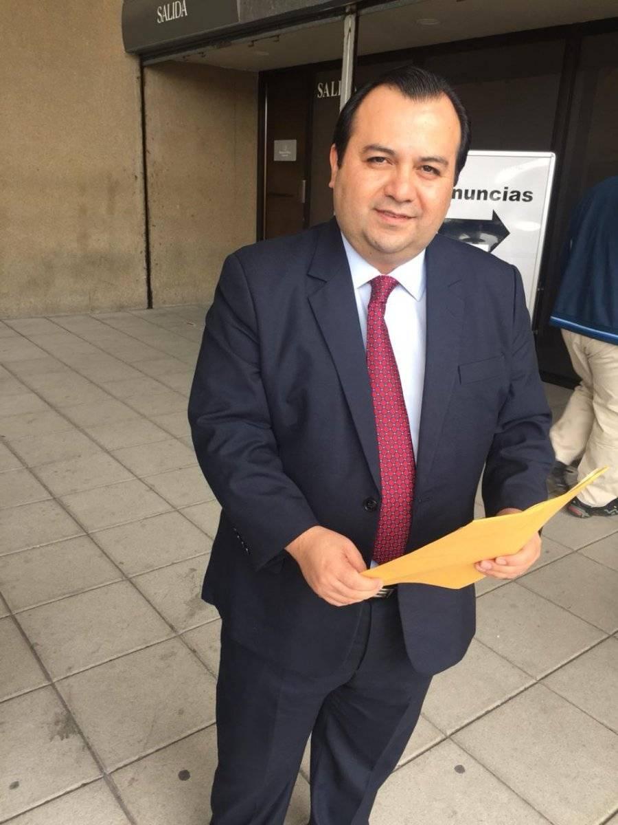 Stuardo Ralón, presidente del Cedecon, denuncia a exmilitares