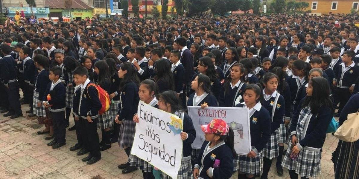 VIDEO: Jóvenes marchan para pedir seguridad en Totonicapán