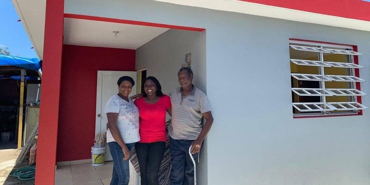 Fundación Ricky Martin entrega más viviendas en Loíza