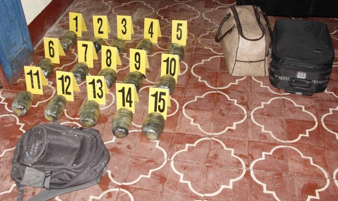 Droga incautada en Petén. Foto: PNC