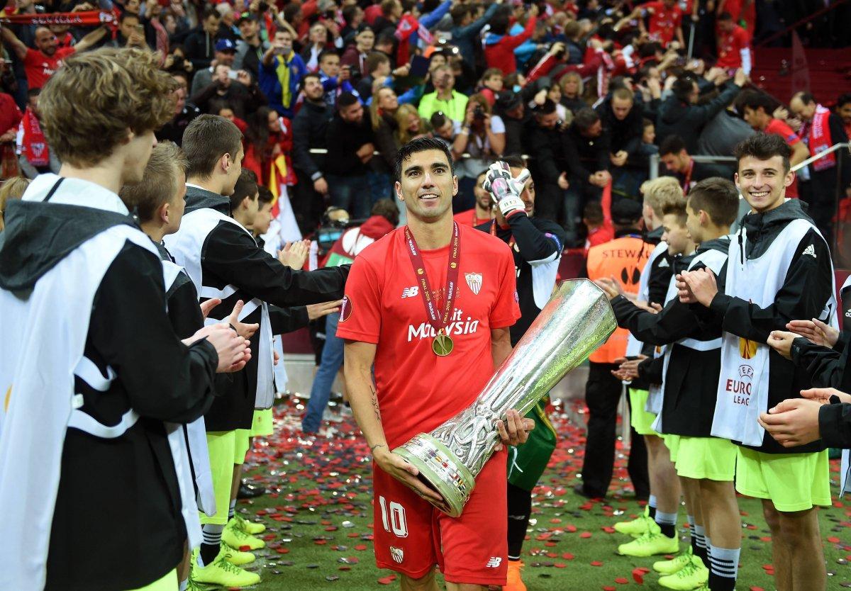 Reyes consiguió 5 títulos de la Europa League Getty Images
