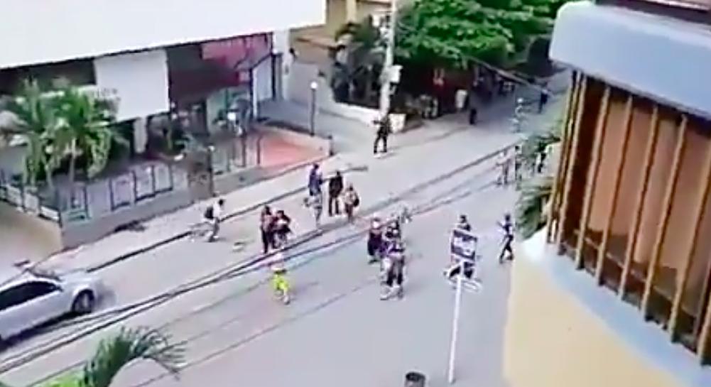 Hinchas de Millonarios protagonizaron tremendo espectáculo en Santa Marta