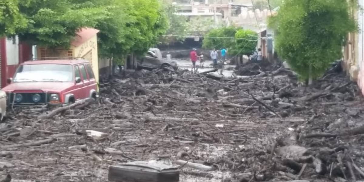 Desbordamiento de arroyo deja graves daños en municipio del sur de Jalisco
