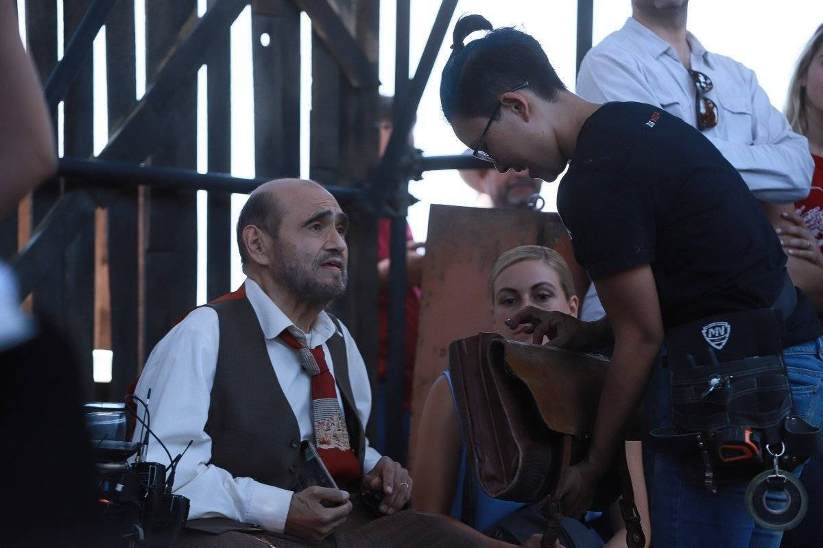 Edgar Vivar en rodaje Carlos Zepeda