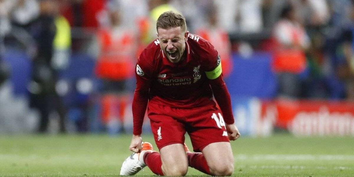 VIDEO: El emotivo abrazo entre Henderson y su padre en final de la Champions