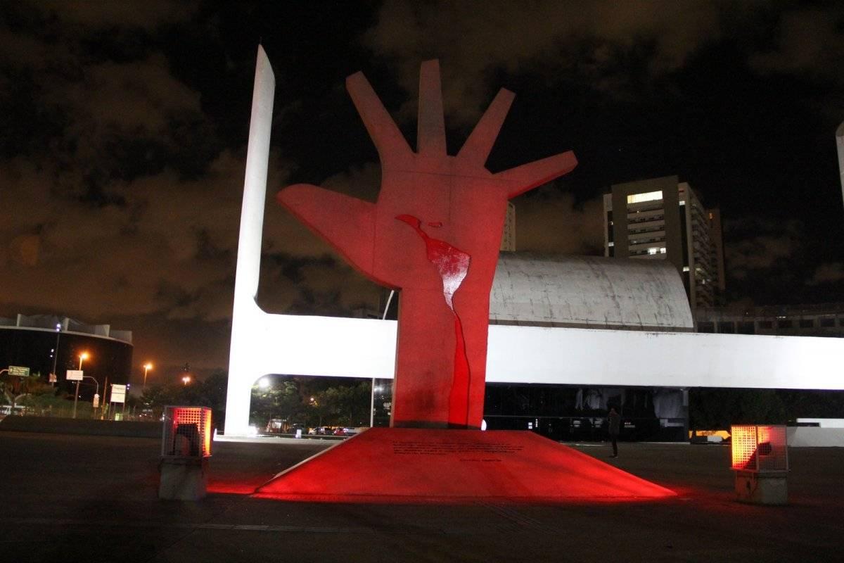 memorial da américa latina junho vermelho