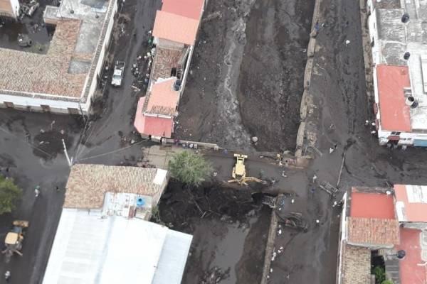 Se Eleva A Cuatro Los Muertos Por Avalancha De Lodo En San Gabriel