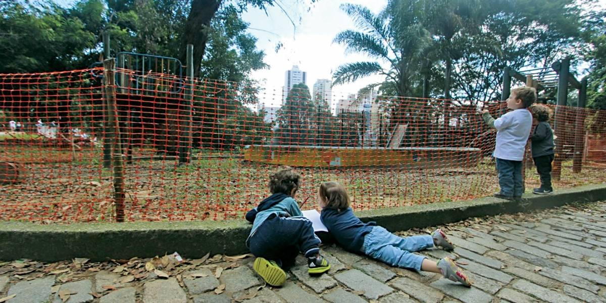 Área para crianças no parque da Aclimação está interditada há oito meses