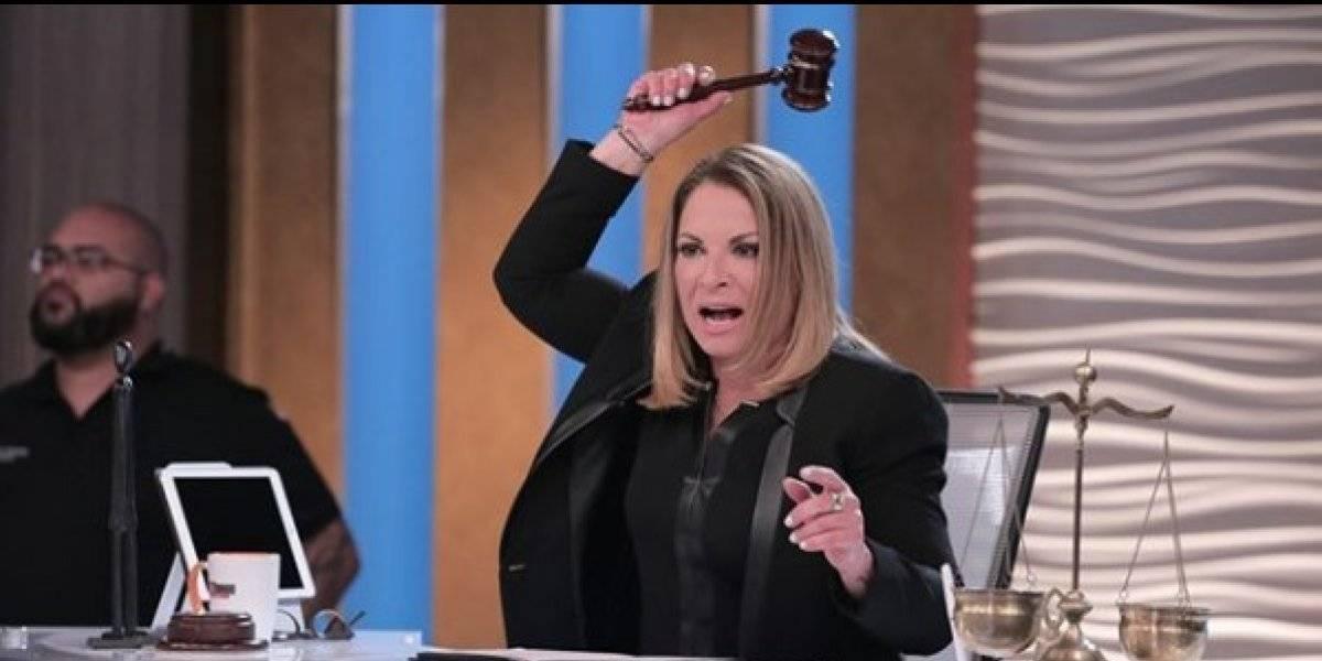 ¡Irreconocible! La Dra. Ana María Polo se luce en traje de baño y le notan algo extraño