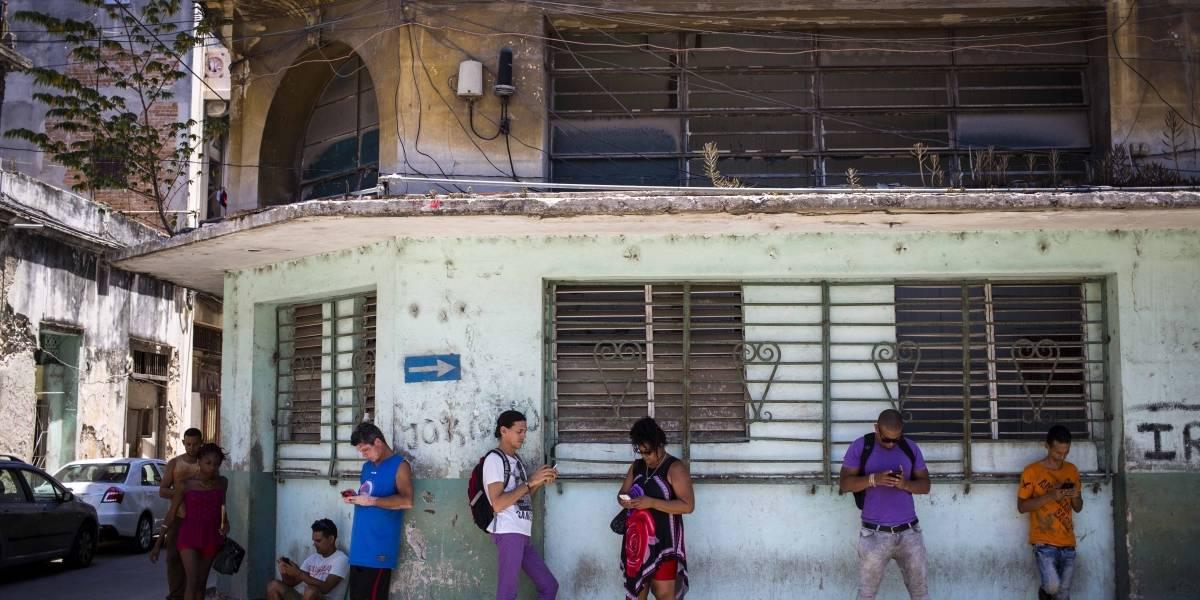 Cubanos sacuden Twitter para exigir mejor Internet