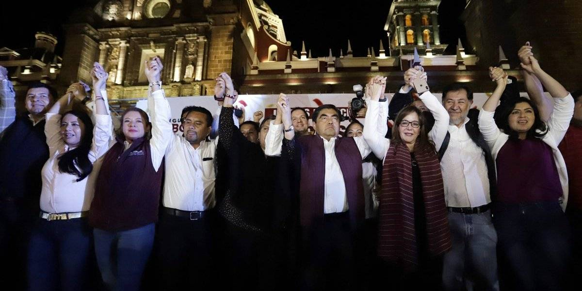 Morena se afianza: gana Puebla y Baja California