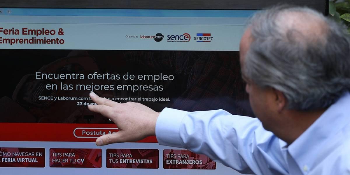 """Gobierno lanza """"feria de empleo online"""" que ofrece de 10 mil puestos de trabajo"""