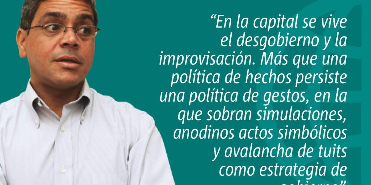 Política de gestos en San Juan