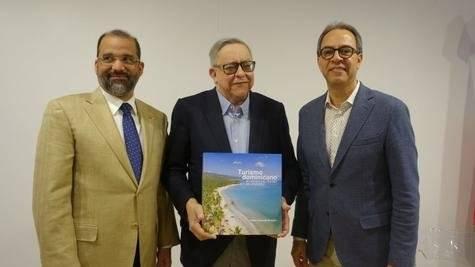 Olivo Rodríguez Huertas, Pedro Delgado Malagón y José Mármol.