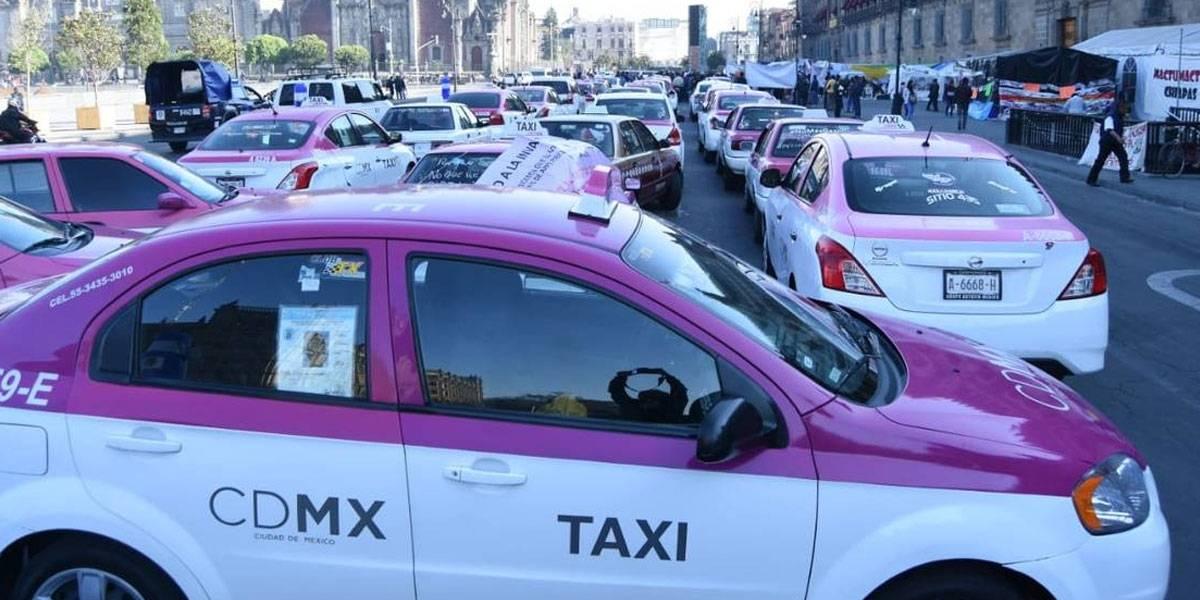 Taxistas de la CDMX bloquean calles para exigir salida de Uber, Cabify y DiDi