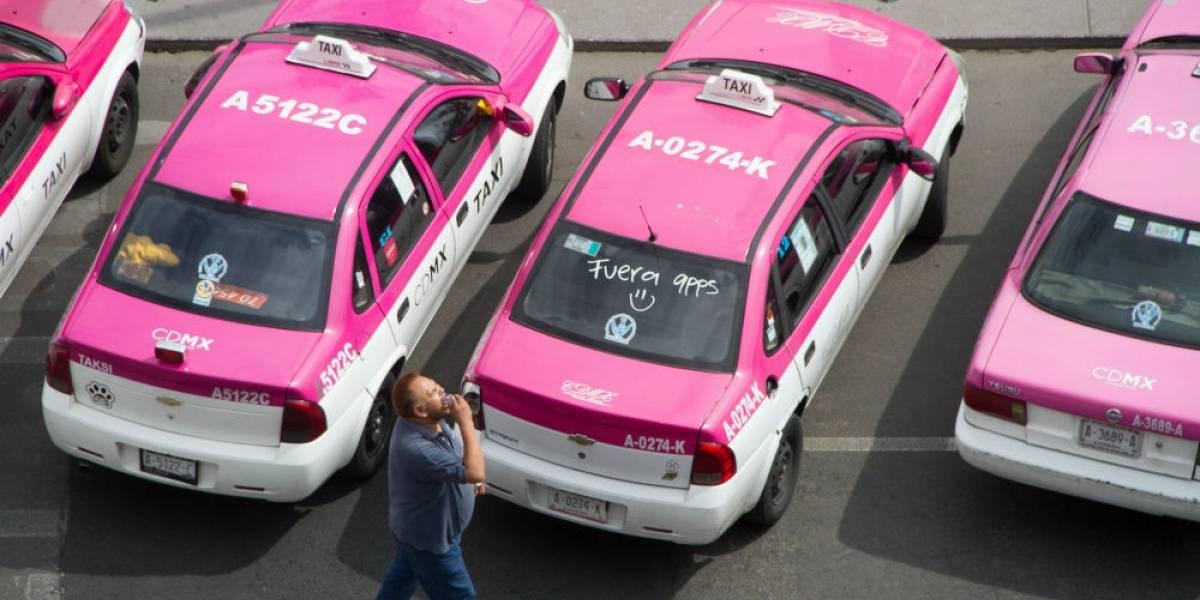 Al día ocurren 2 asaltos a bordo de taxis en la CDMX