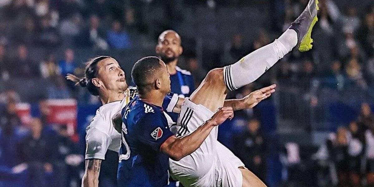 VIDEO: Golazo de chilena de Ibrahimovic con el Galaxy