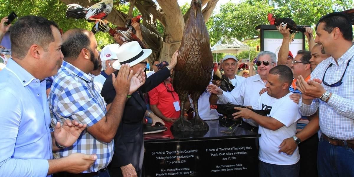 Invierten $36 mil dólares para evento donde se realizó el 'monumento del gallo'