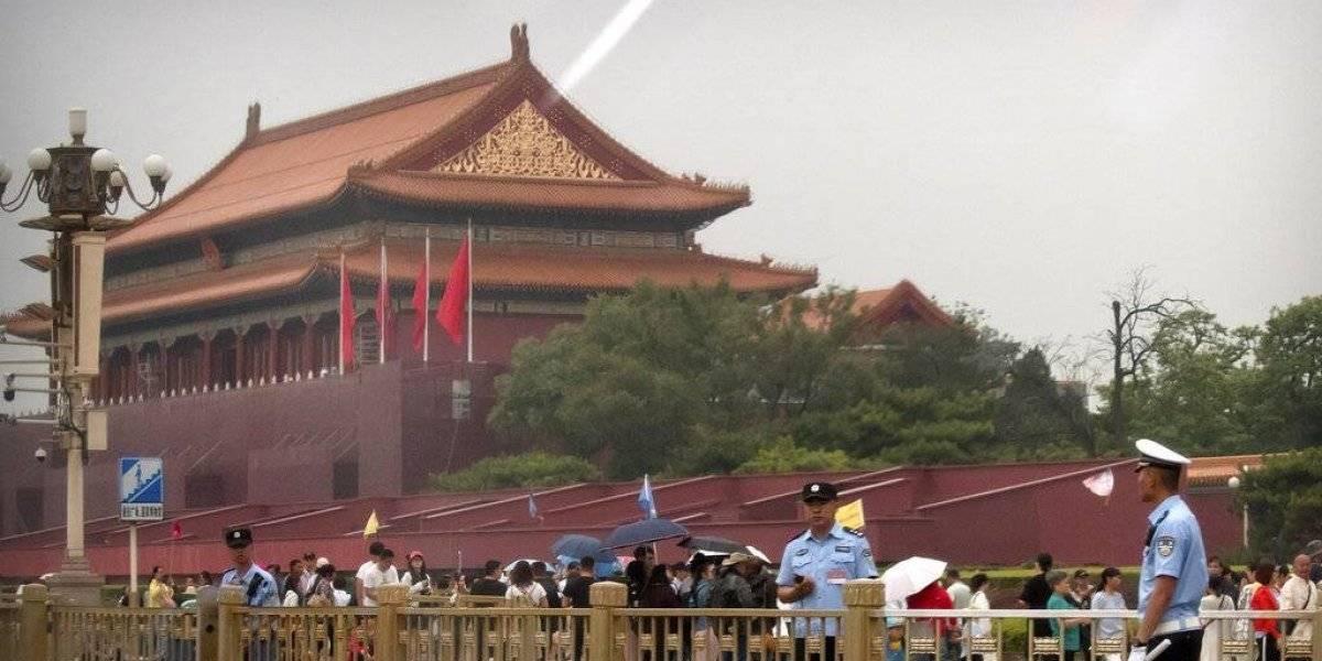 China estrecha la seguridad en Beijing a 30 años de la sangrienta represión en Plaza de Tiananmen