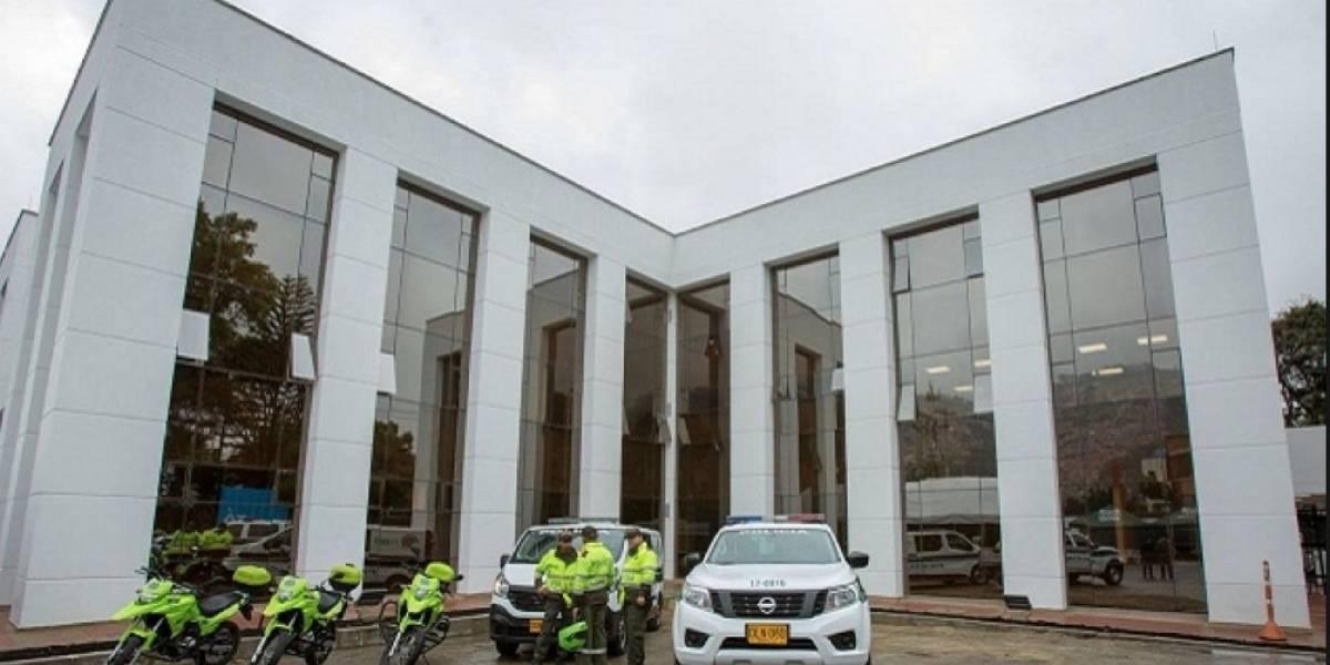 FOTOS: estación de Policía de Usaquén fue inaugurada con fallas de construcción
