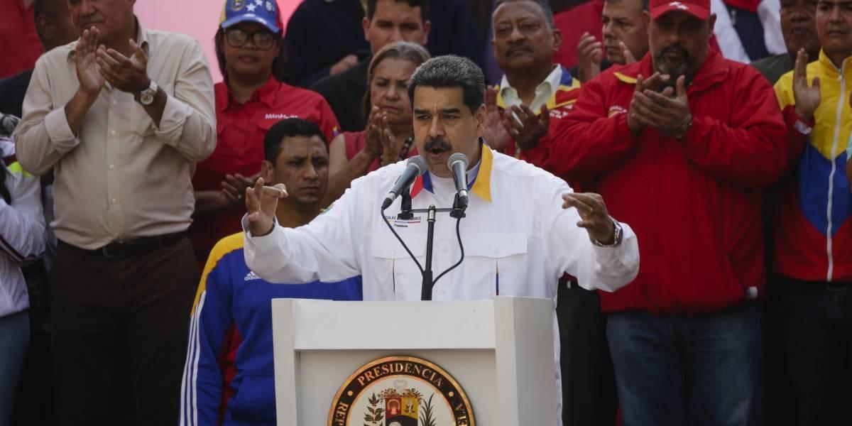 """Maduro denuncia """"alteración de documentos"""" en embajadas de Guaidó"""