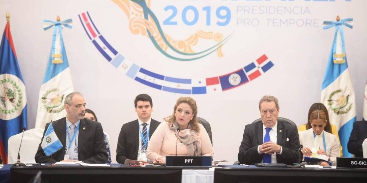 Migración y café, temas que deben abordarse durante la reunión del SICA
