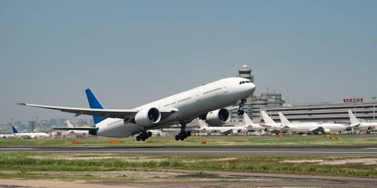 Gobierno revela solicitudes de viajes al extranjero; oculta nombres