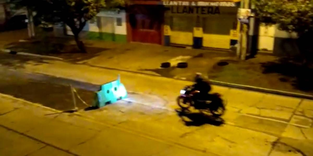 VIDEO. Conductores de vehículos se accidentan en la Avenida del Cementerio
