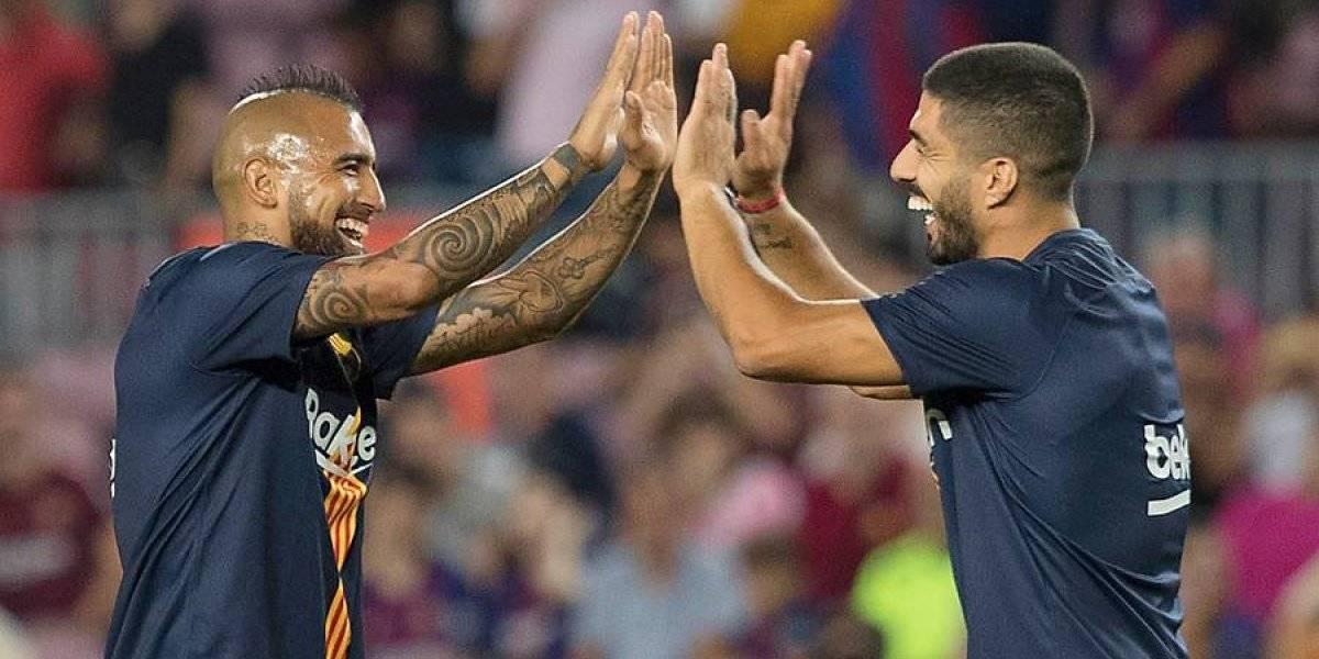 """Arturo Vidal asegura a Luis Suárez que la Roja es """"parecida al Barcelona, en el plantel somos una familia"""""""