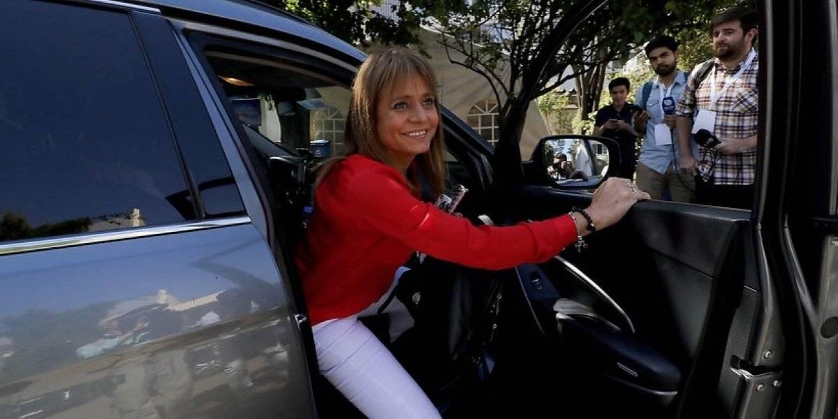 "Van Rysselberghe se queda sola al calificar de ""patipelaos"" a quienes critican a servidores públicos"