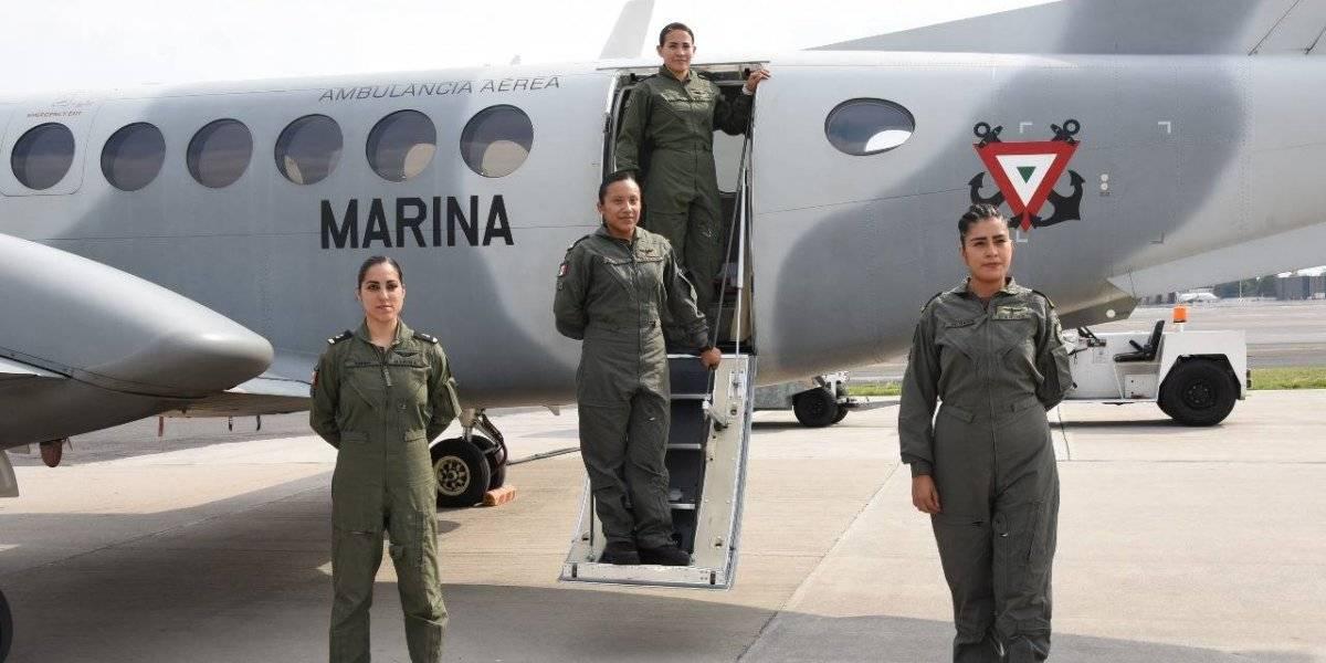 Crea Marina la primera tripulación aérea integrada por mujeres