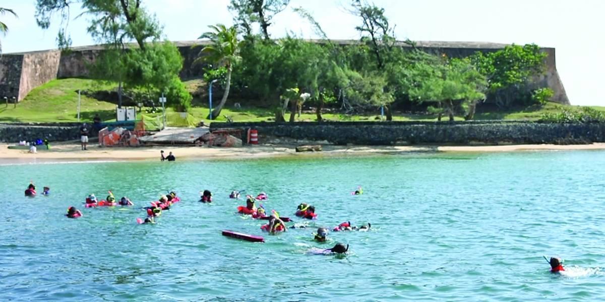 Microplásticos ahogan las playas boricuas
