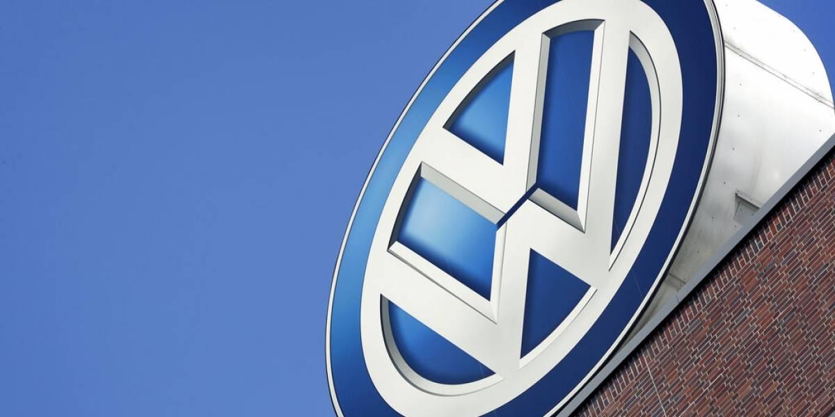 """Escándalo del """"dieselgate"""" se instala en Chile: anuncian demanda colectiva contra filial de Volkswagen"""