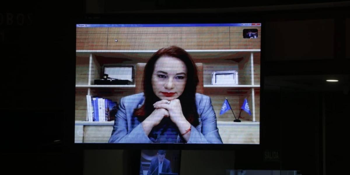 María Fernanda Espinosa asegura que la naturalización de Assange fue consultada y aprobada por Lenin Moreno