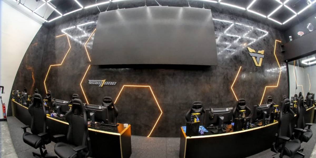 Shopping D abre centro de treinamento de eSports, sede do Team oNe